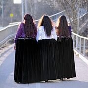 kolme naista.png