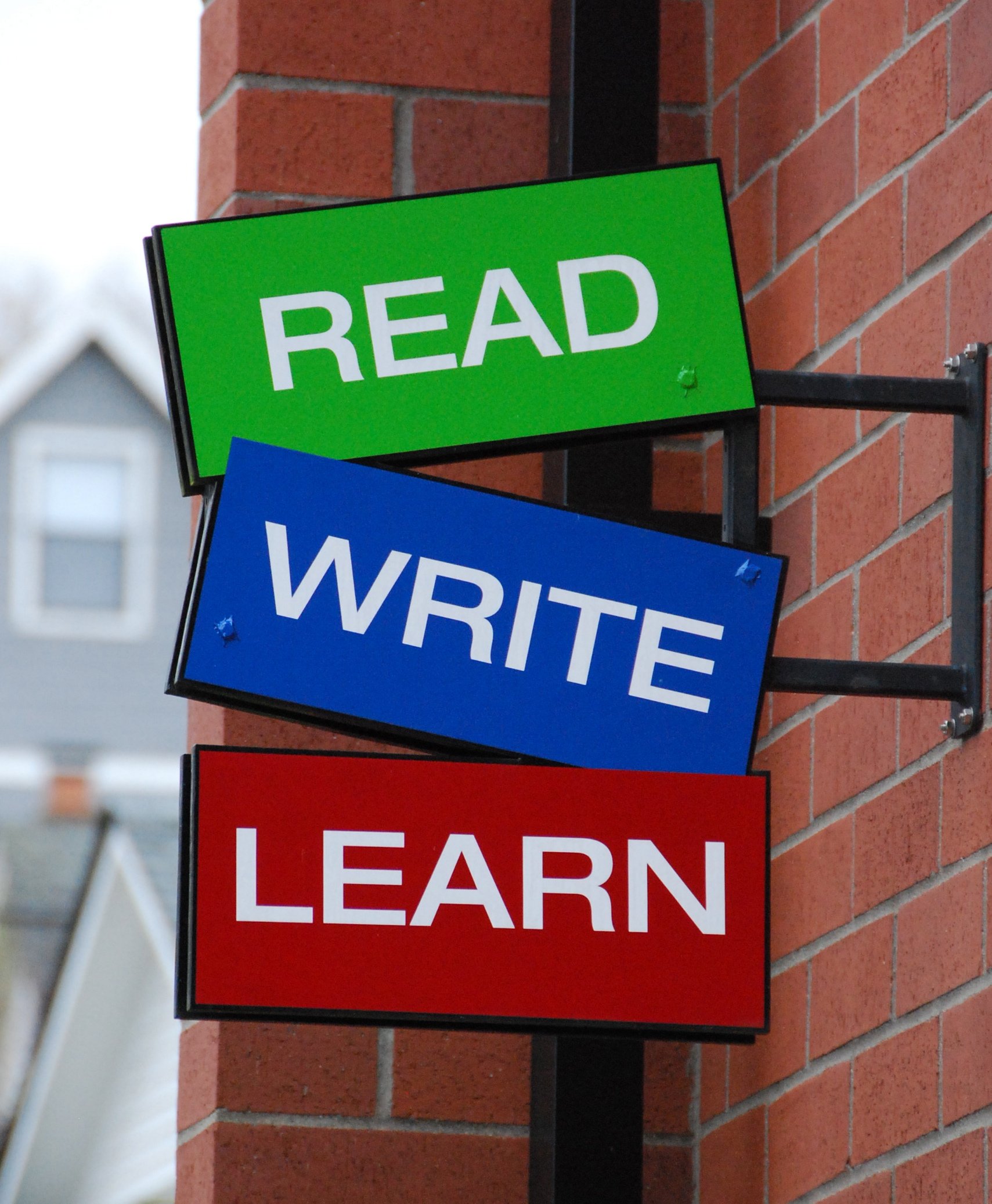 write to learn Although your child is learning writing basics in school, his penmanship must be fostered at home as well here's how to troubleshoot five stumbling blocks that many parents encounter when.
