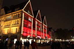 Joulumarkkinoiden valoloistoa Münchenissä.JPG