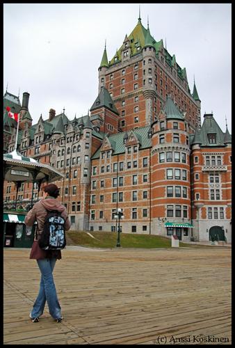 Henni à Québec 2.jpg