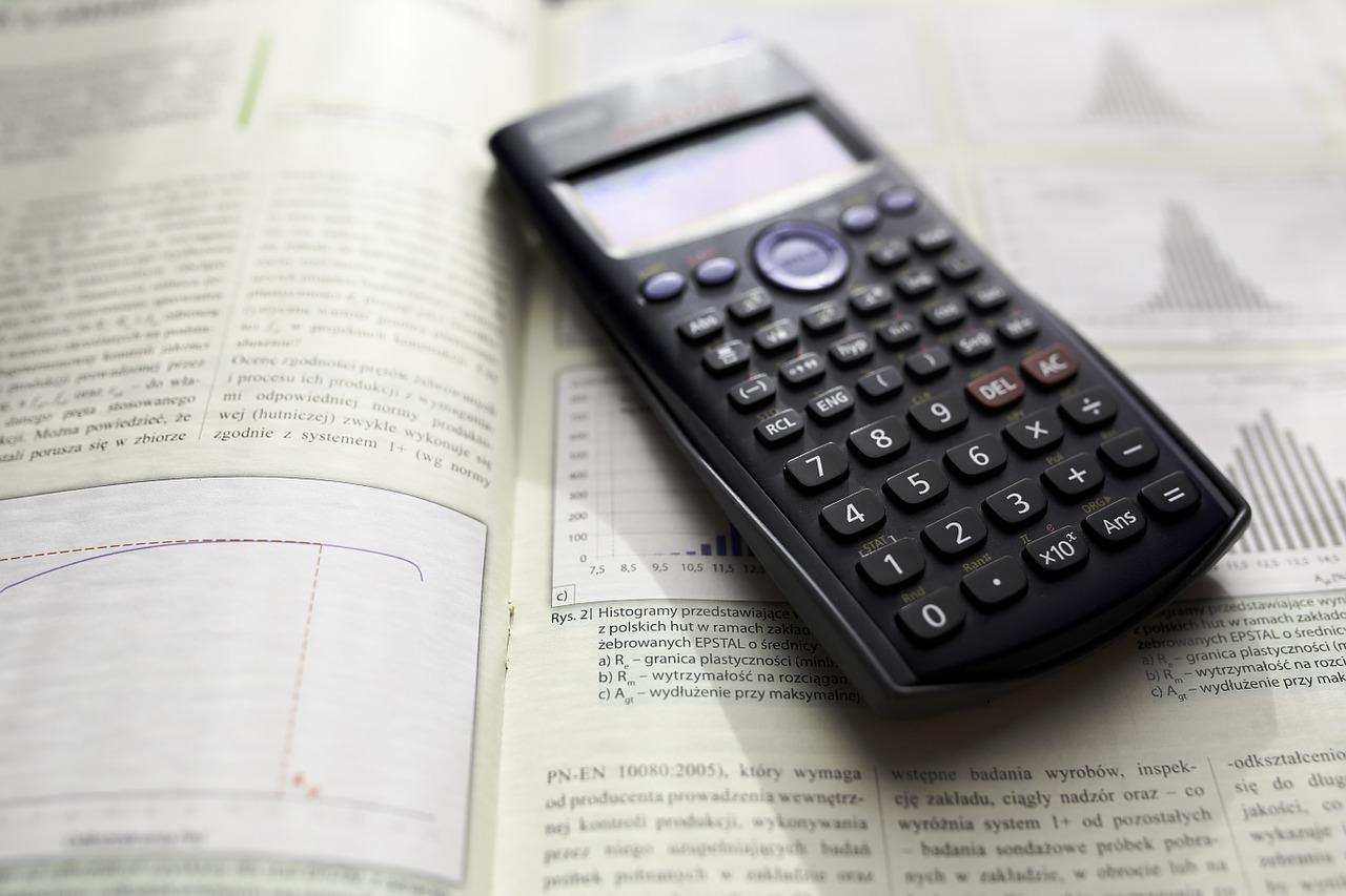 laskin lukio pitkä matematiikka
