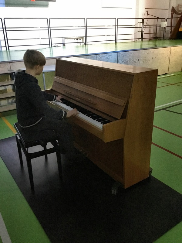 Talent5.JPG