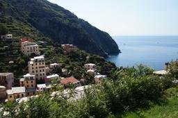 Cinque Terre Riomaggiore ylhäältä.JPG