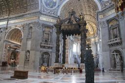 Basilica di San Pietro baldakiini 1633.JPG