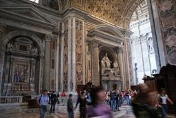 Rooma San Pietron basilikan kuorista 3.JPG