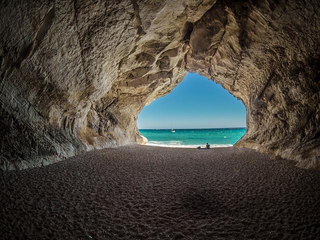 Tunnelin päässä on valoa.jpg