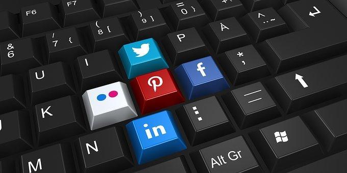 social-networking-2187996__340.jpg