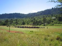 kenialaisen_koulun_valitunti_sveistola.jpg