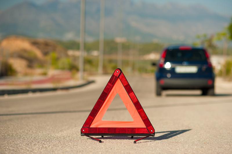 auton-varoituskolmio-ST.jpg