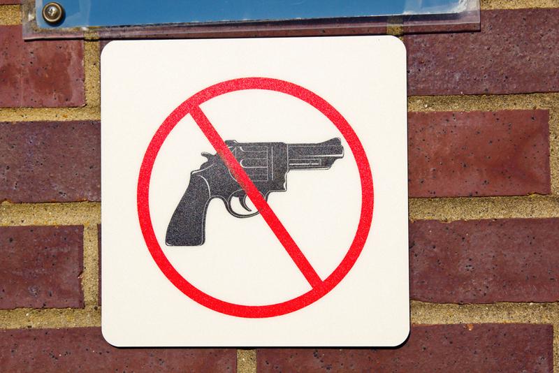 aseet-kielletty-ST.jpg