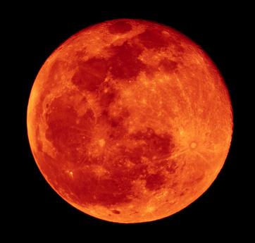kuu_auringon_pimennyksessa-ST.jpg